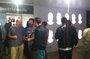 Installationview: Electric Walls, On the Ground Floor, Los Angeles (USA)